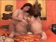 Lesbian sixtynine with bbw naked horny..