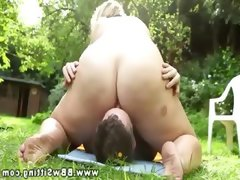 Horny bbw rides her mans face and cant..