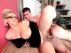 Mom in glasses fuck on the stairs with..