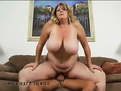 Deedra\'s an outrageously horny mature..